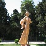 памятник гагариной