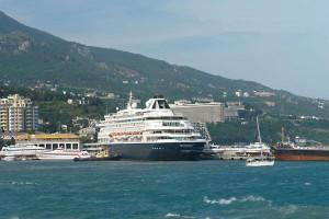 Resize of yalta10